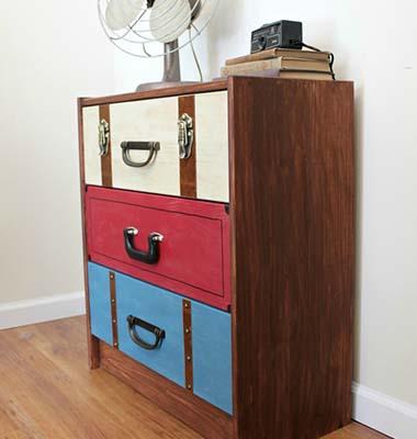 Tunear una c moda de pino con un motivo vintage for Como hacer muebles estilo vintage