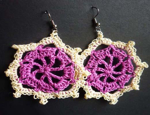 7ee79bca50d1 Los pendientes de crochet nunca han dejado de estar de moda. Los diseños a  tu alcance son infinitos