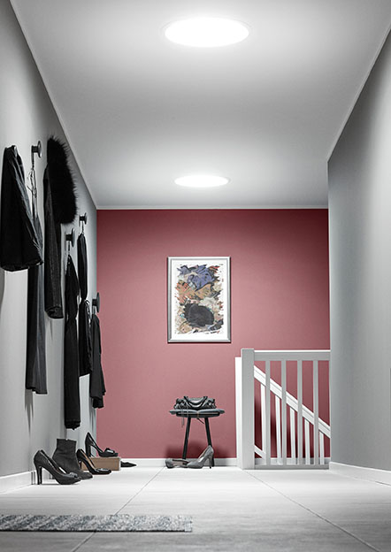 Tubos para iluminar los interiores m s oscuros - Como iluminar una casa ...